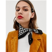 Pieces houndstooth print scarf